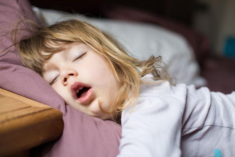 Schnarchen Schlafstoerungen in Muenchen 01 - schlafmedizin schlafen schnarchen hno muenchen
